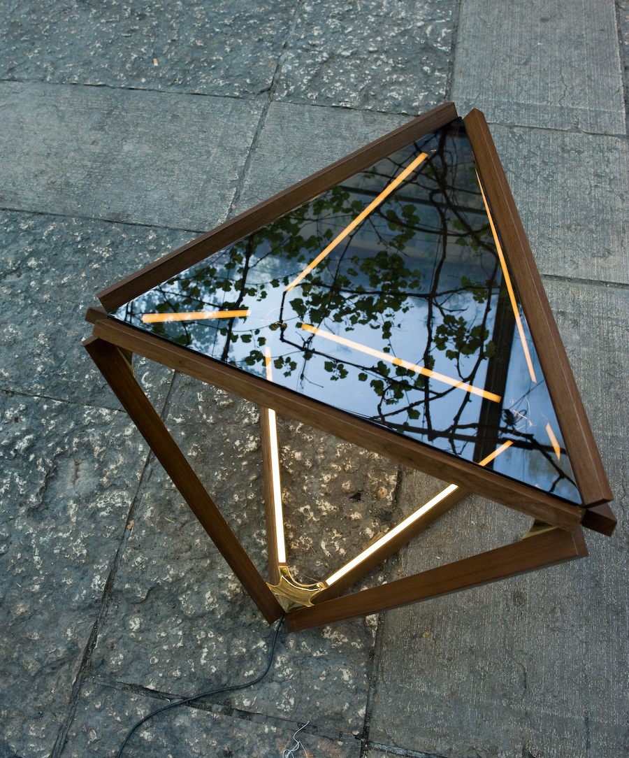 Reflection on X table in Rossana's courtyard
